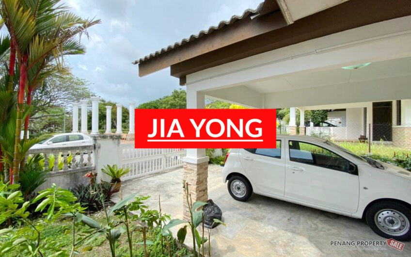 Botanica CT Balik pulau 2 storey SEMI D Facing garden 2400sf LAND