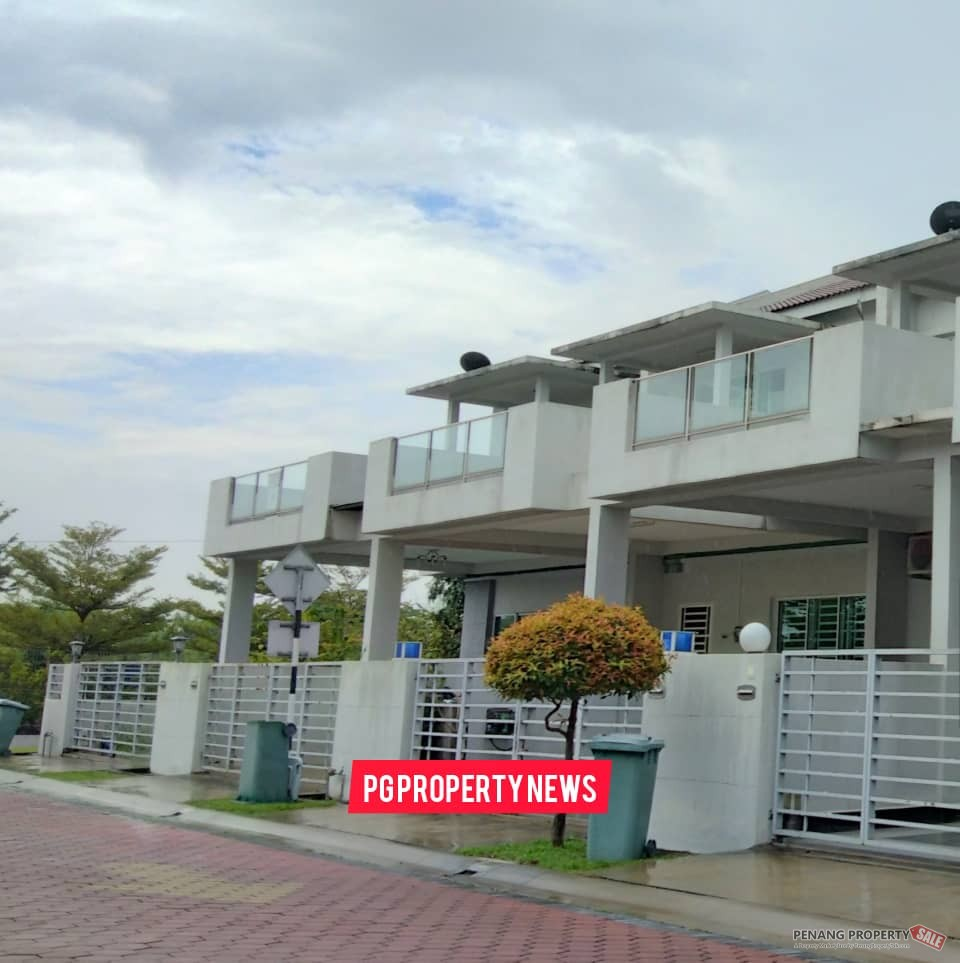 Double Storey Terrace | Gated and Gua...