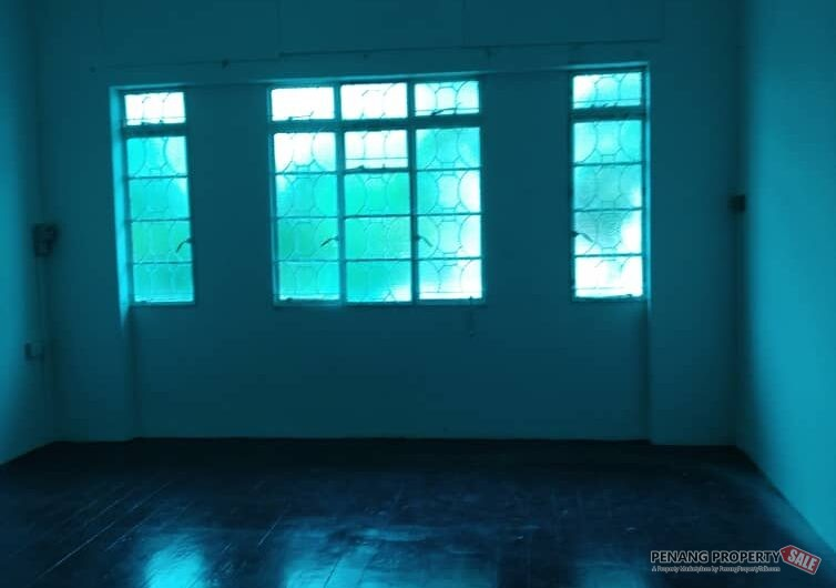 Jalan Loh Boon Siew 2 storey Terrace House , Georgetown Penang FOR SALE