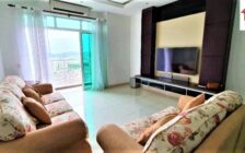 Reflection Condo, Fully Renovated and...