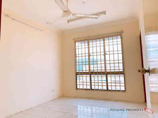 Ref: 1723, Serina Bay Block 17 at Jelutong near KOMTAR, Pg Bridge