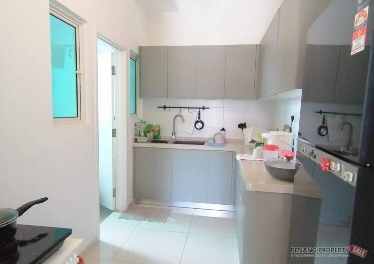 FIERA VISTA Bayan Lepas 1400sqft 4 BEDROOMS Fully Furnished and reno