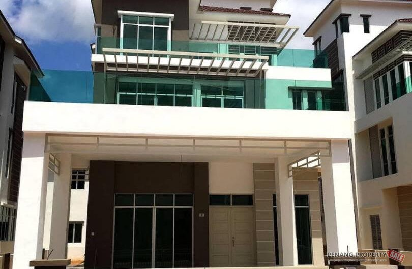 24hours Security | 3 storey Bungalow with Private Lift