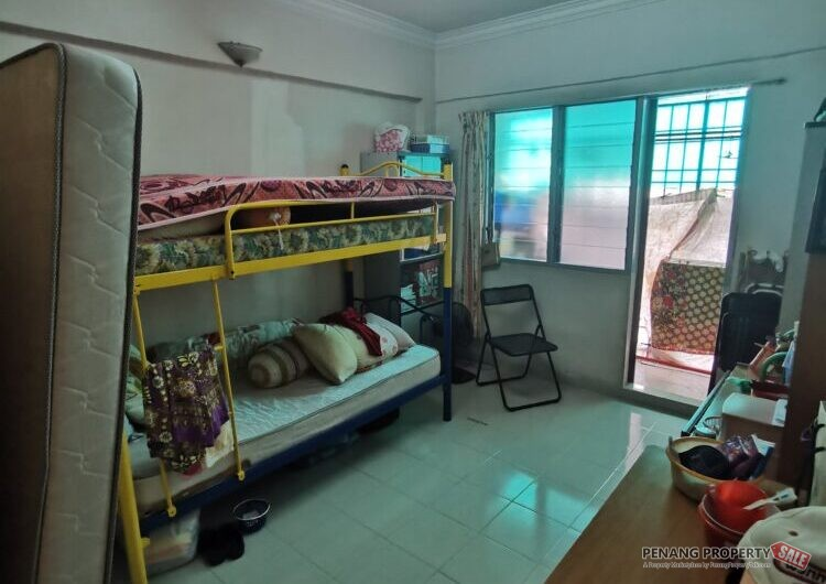 {ReaDY Move In} Jelutong Eastern Court, at Lorong Hijau, High Floor