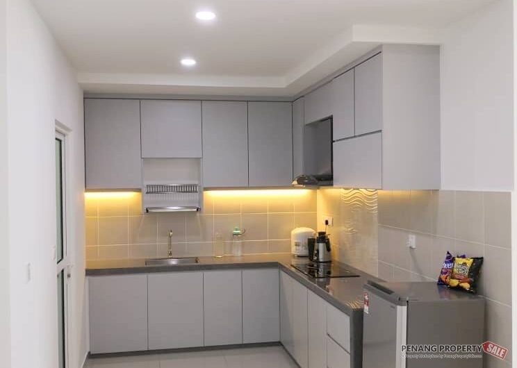 Solaria Residence at Bayan Lepas 1115Sqft Fully Furnished & Renovated Unit 2 Carparks