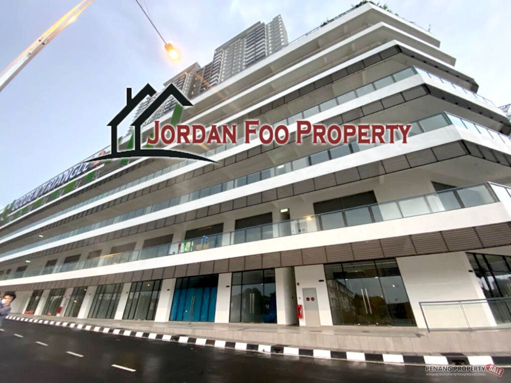 New Completed Condo Golden Triangle 2...