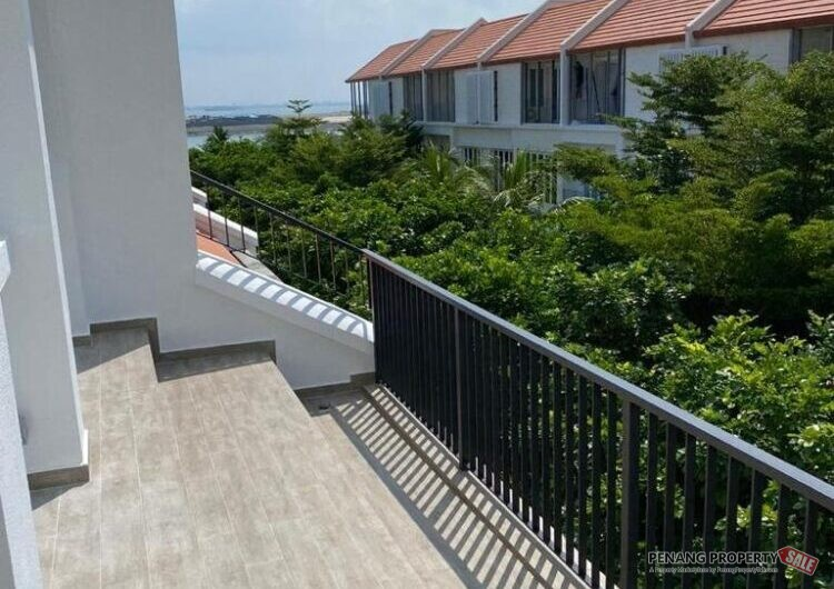 2.5 Storey Terrace Arize Seafront