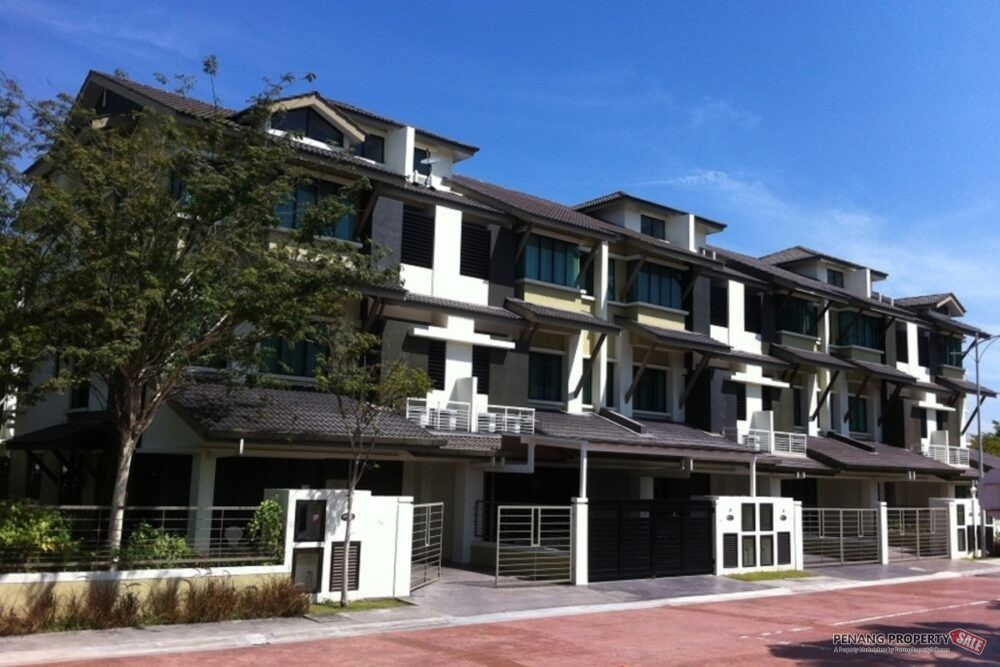 Residence @ Southbay by Mahsing Gated...