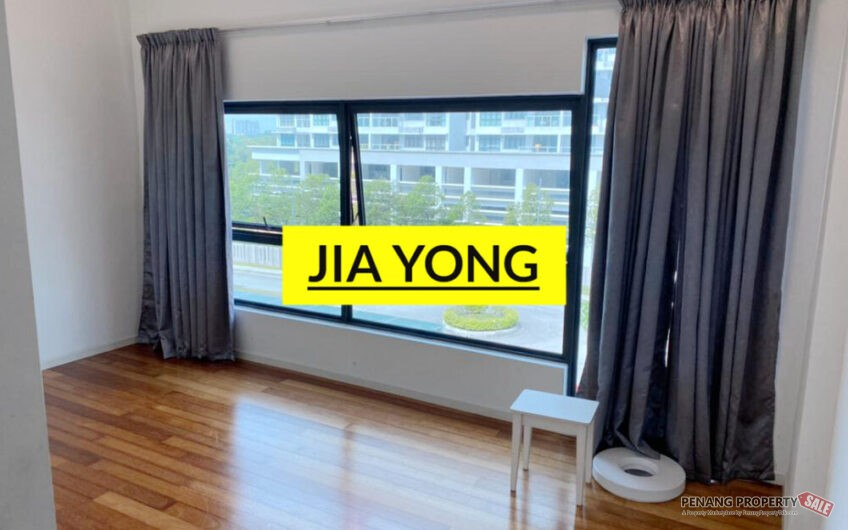 The light collection 1 unfurnished unit with 4 aircons view pond corner unit
