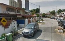 FOR SALE  2 STOREY TERRACE HOUSE AT L...