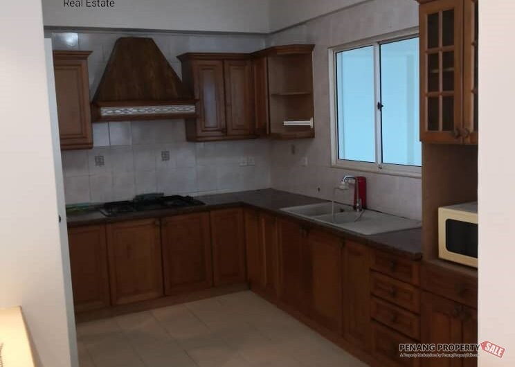 WORTH RENT!! Gold Coast 1600sf 2CP Fully Furnished Renovated Queensbay FTZ