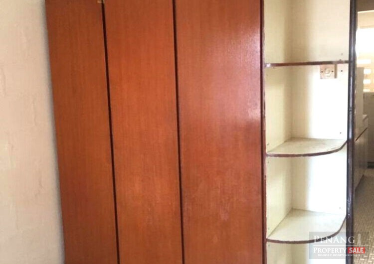 Cheapest flat in jelutong with aircond built in wardrobe kurau road